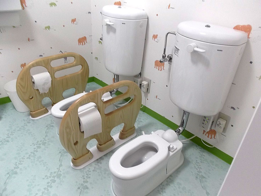 野方園トイレ