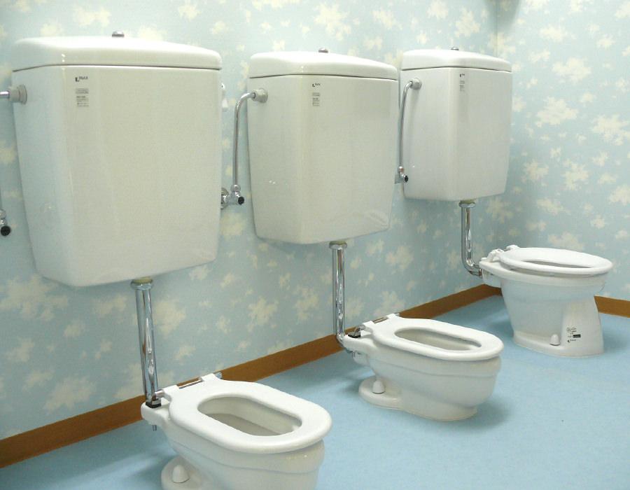 土呂園トイレ